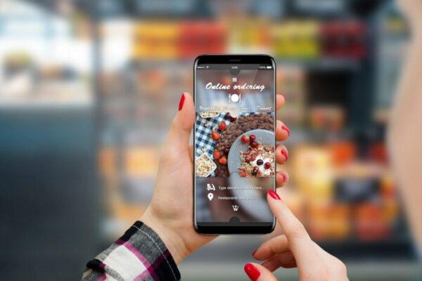 21 Tips on How to Improve Your Restaurant Brand Online - mobile friendly restaurant website